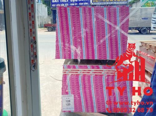 Hình ảnh tấm Smartboard Thái Lan