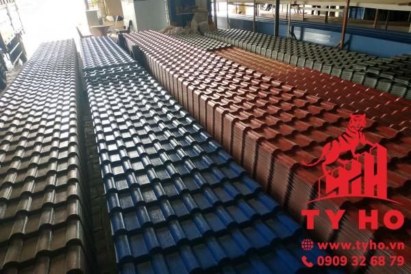 Tôn nhựa PVC 7 sóng ngói